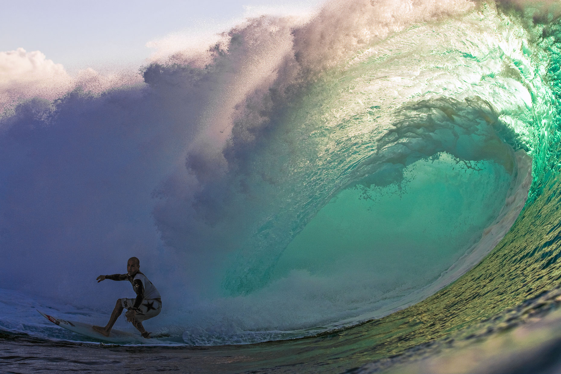 Kelly Slater - Pipeline